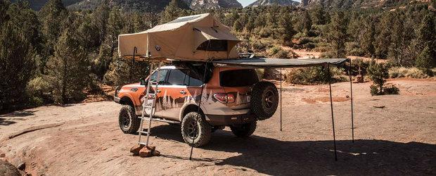 Amatorii de off-road si camping se roaga de Nissan sa o bage in productie. Masina are cort de patru persoane pe plafon