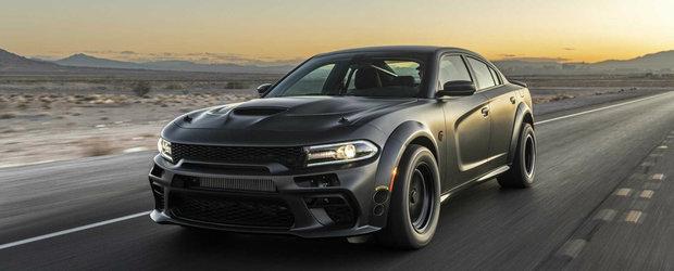 Americanii au intrecut masura cu acest sedan. Are 1.546 de cai putere si poate circula pe strada
