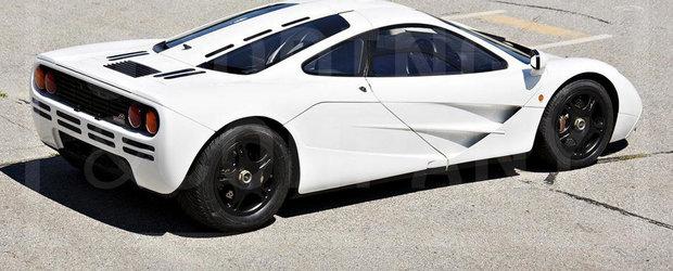 Americanii scot la licitatie singurul McLaren F1 Marlboro White din lume