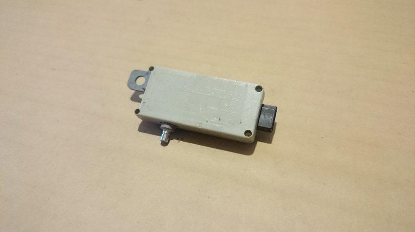 Amplificator antena BMW E39 cod 8361507