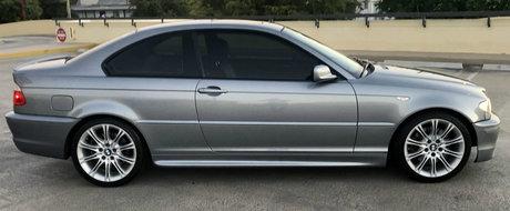 Anunt pentru pasionati si cunoscatori. Se vinde un BMW 330Ci cu pachet ZHP si 83.000 de KM la bord
