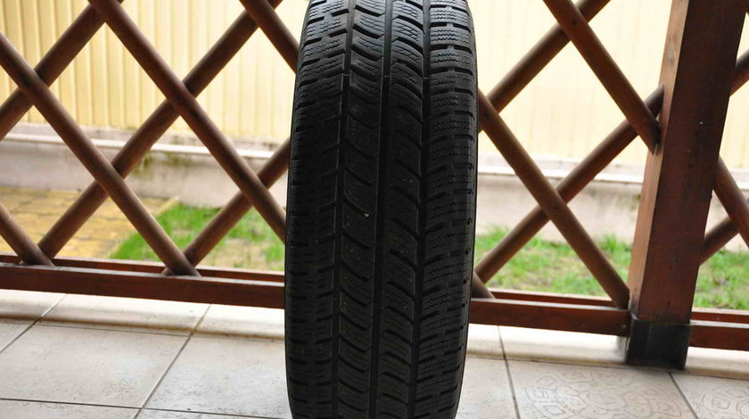 Anvelopa Iarna Crafter Sprinter 235/65 R16C Continental