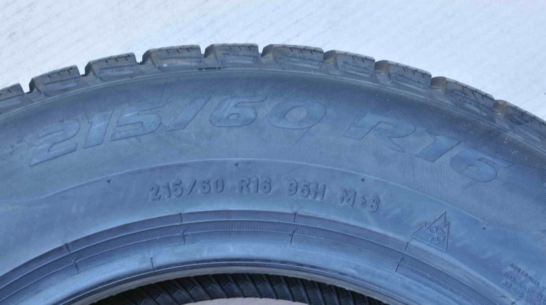 Anvelope Iarna Noi 16 inch Pirelli Sottozero 3 215/60 R16