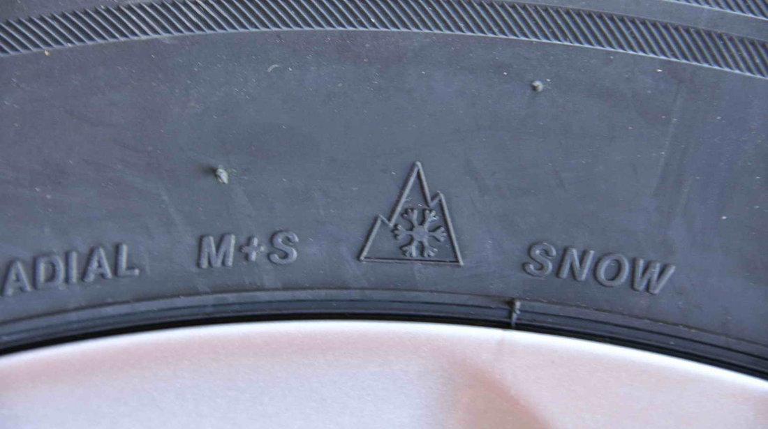 ANVELOPE IARNA NOI 17 Bridgestone Blizzak LM-32 235/60/R17