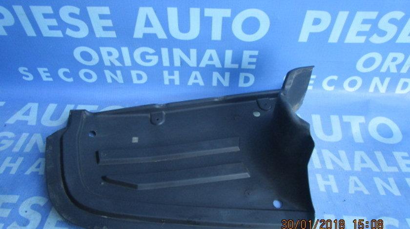 Aparatoare noroi VW Passat B6 ;  3C0825216B (fisurat)