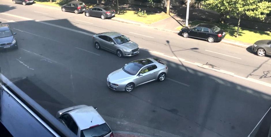 Apel urgent catre Politia Rutiera: cum poate un asemenea specimen sa circule in Bucuresti?