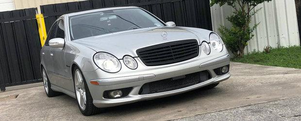 Ar putea fi afacerea anului. Pretul extrem de mic cu care se vinde acest Mercedes E55 AMG din 2004