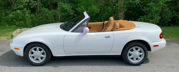 Are o Mazda MX-5 pe care a tinut-o numai in puf si departe de sosea. Acum o vinde cu 25.000 de km la bord