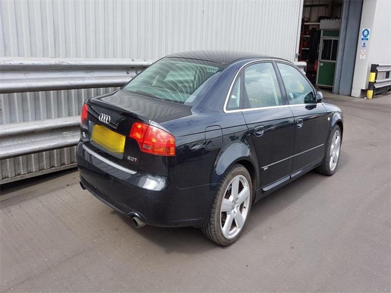 Aripa dreapta fata Audi A4 B7 2005 Sedan 2.0 TFSi
