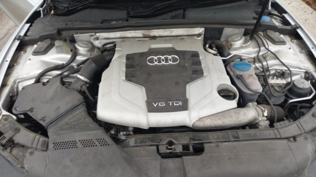 Aripa dreapta fata Audi A5 2008 Coupe 2.7TDI cama
