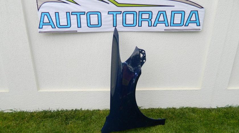 Aripa dreapta fata Skoda Octavia 2 Facelift cod 1Z0821106