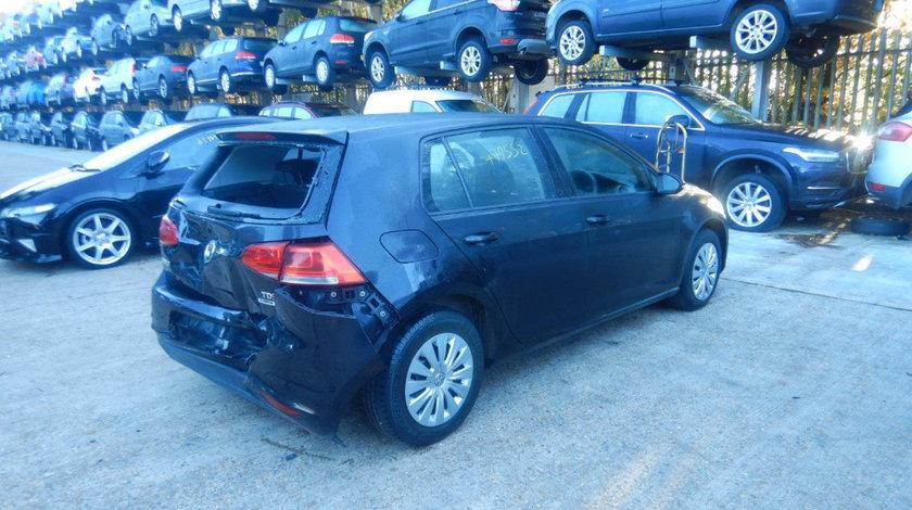 Aripa dreapta spate Volkswagen Golf 7 2014 Hatchback 1.6 TDI