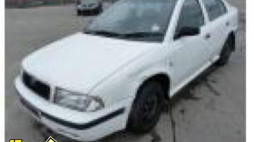 Aripa fata skoda octavia 1 9 diesel 2000