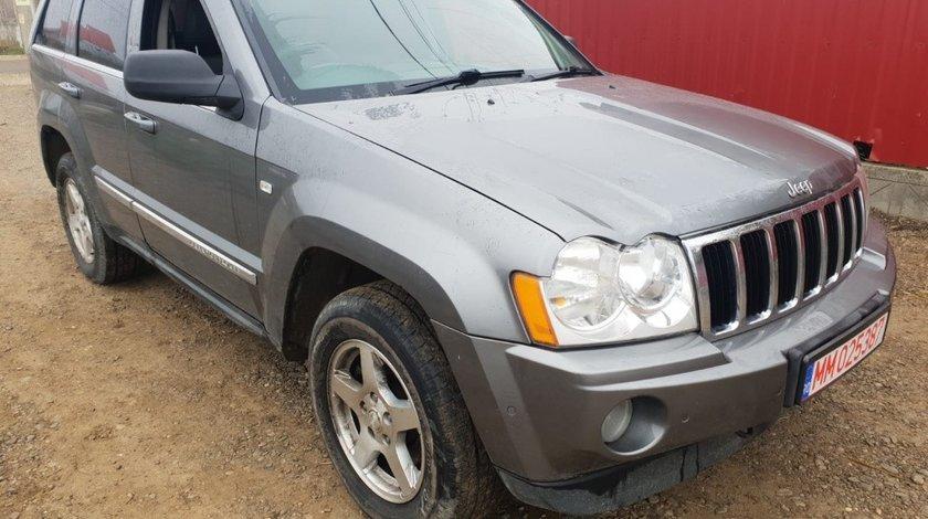 Aripa stanga fata Jeep Grand Cherokee 2008 4x4 om642 3.0 crd