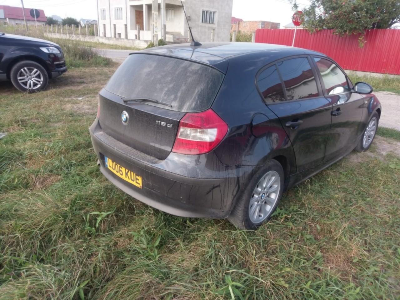 Aripa stanga spate BMW Seria 1 E81, E87 2005 Hatchback 2.0D 118d