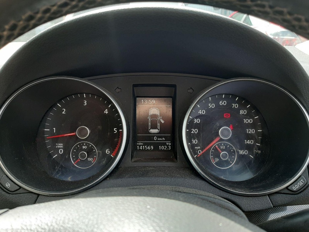 Armatura bara fata Volkswagen Golf 6 2010 Hatchback 1.6 tdi