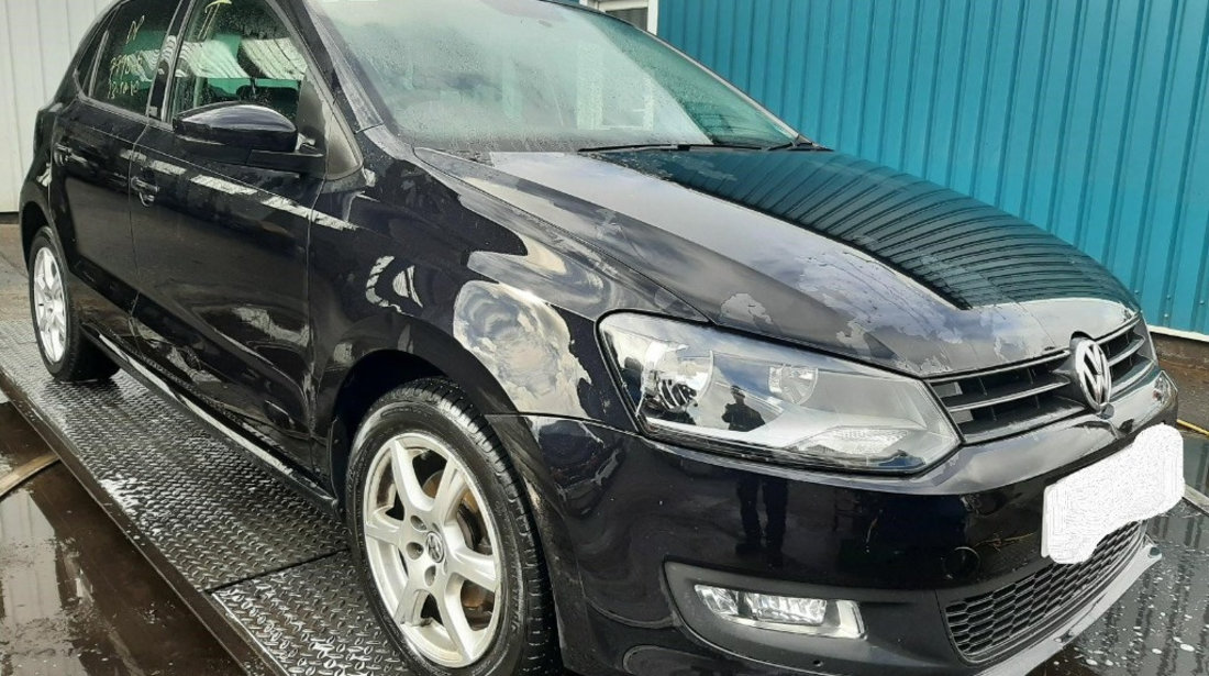 Armatura bara fata Volkswagen Polo 6R 2011 Hatchback 1.2 i