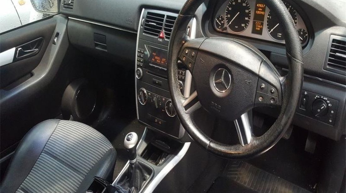 Armatura bara spate Mercedes B-CLASS W245 2006 Hatchback 180 CDi