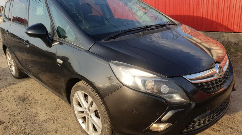 Armatura bara spate Opel Zafira C 2011 7 locuri 2.0 cdti