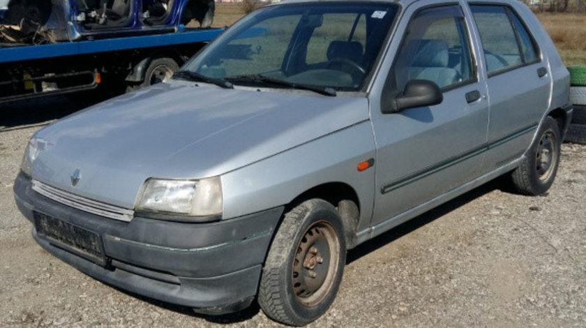 Armatura bara spate Renault Clio 1992 hatchback 1870