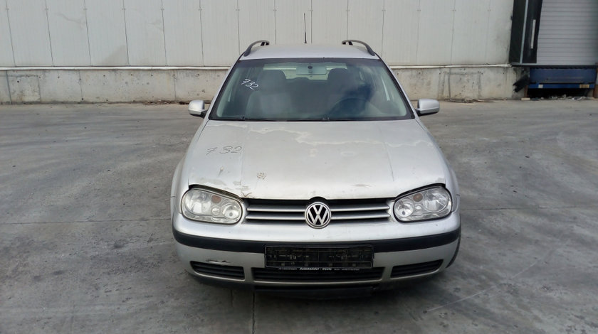 Armatura bara spate Volkswagen Golf 4 2001 Break 1.9 TDI