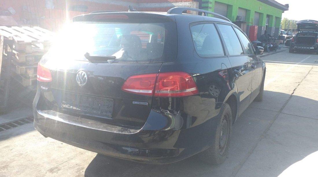 Armatura bara spate Volkswagen Passat B7 2012 COMBI 1.6 TDI