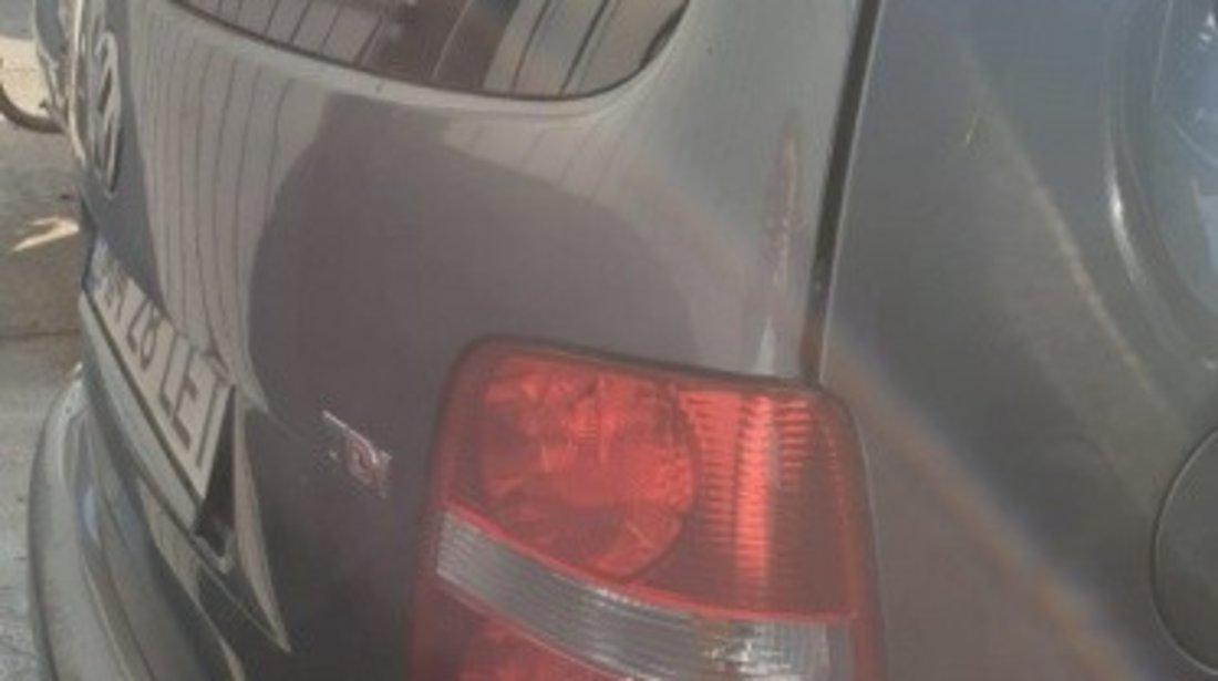 Armatura bara spate Volkswagen Touran 2006 MONOVOLUM 1.9 TDI