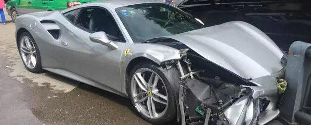 ASA arata un Ferrari 488 GTB dupa... un accident cu un alt Ferrari 488 GTB