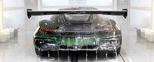 Asa speli si protejezi un Aston Martin VULCAN. Sunt numai 24 de masini in toata lumea