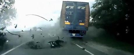 Asa ucide viteza: 5 minute de accidente mortale care te vor aduce cu picioarele pe pamant