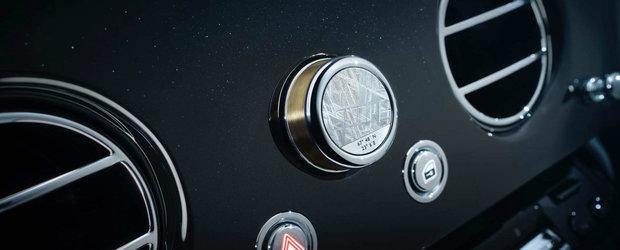 Asta da opulenta. Noua limuzina de la Rolls-Royce are o bucata de METEORIT in interior si aur de 24K