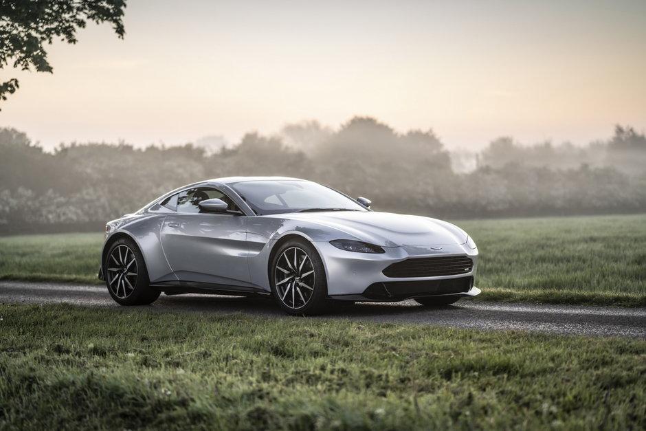 Aston Martin Vantage de la Revenant Automotive