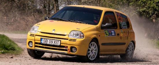 Atac la podium cu modelul Renault Clio RS