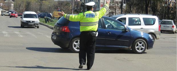 ATENTIE, SOFERI! Politia Locala a inceput sa dea amenzi cu nemiluita pentru parcare neregulamentara!