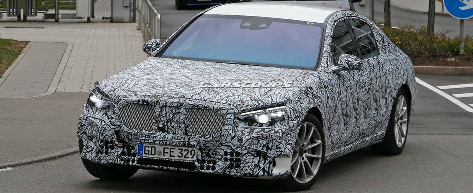 Au crezut ca au in fata un Seria 7. Mercedes ascunde noul S-Class sub grila rivalilor de la BMW