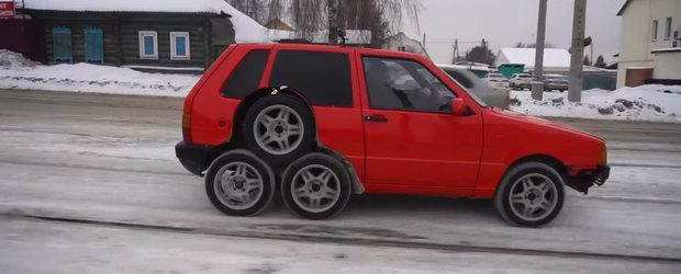Au facut un FIAT cu 8 roti si apoi l-au testat pe sosea. VIDEO cu cel mai nou experiment al rusilor