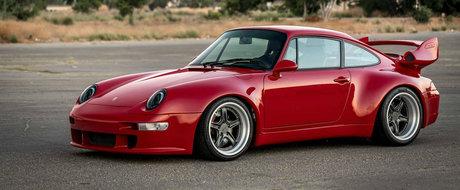 Au reconstruit de la zero un Porsche 993. Costa jumatate de milion de dolari si vor exista numai 25 de exemplare