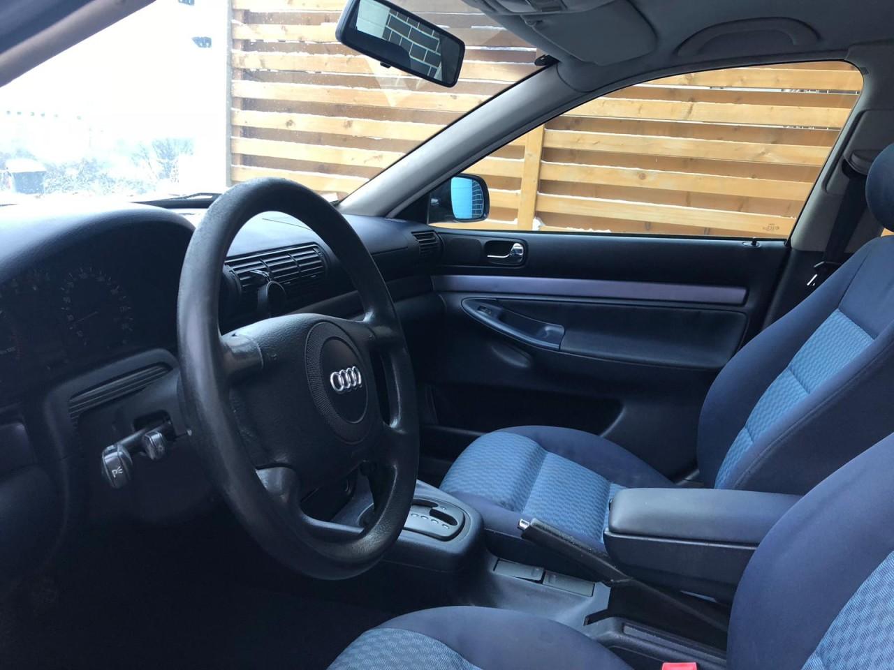 Audi A4 2.4 1998