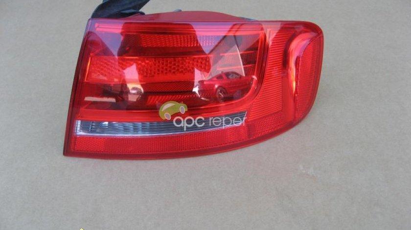 Audi A4 8K Stop dreapta aripa Original