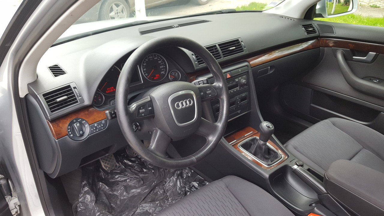 Audi A4 LIMUSINE DUBLU-CLIMATRONIC AN FAB.2006 2006