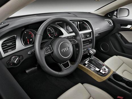 Audi A5 Sportback vs BMW Seria 4 Gran Coupe: Ce alegi si ...