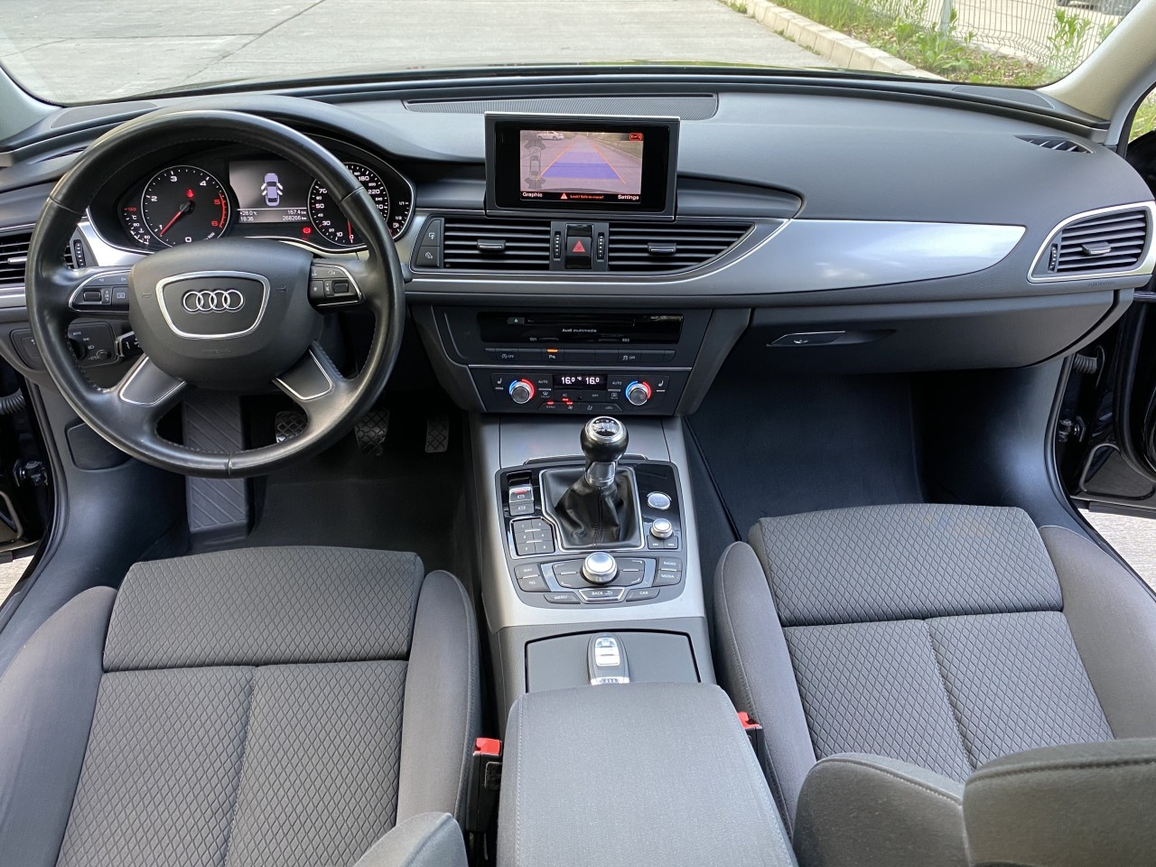 Audi A6 2.0 TDI 177cp full neon  camera fab. 2013