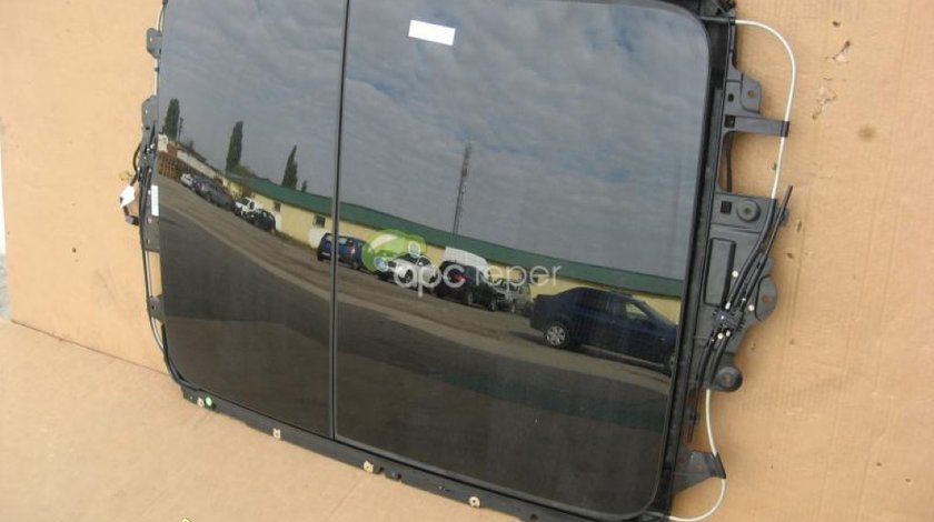 Audi A8 4H 2012 Model Trapa Panoramica