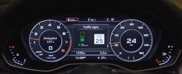 AUDI fenteaza semafoarele: sistemul asta iti spune ce viteza trebuie sa ai ca sa prinzi verde