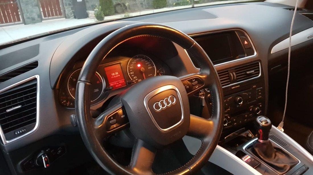 Audi Q5 2000 diesel 2009