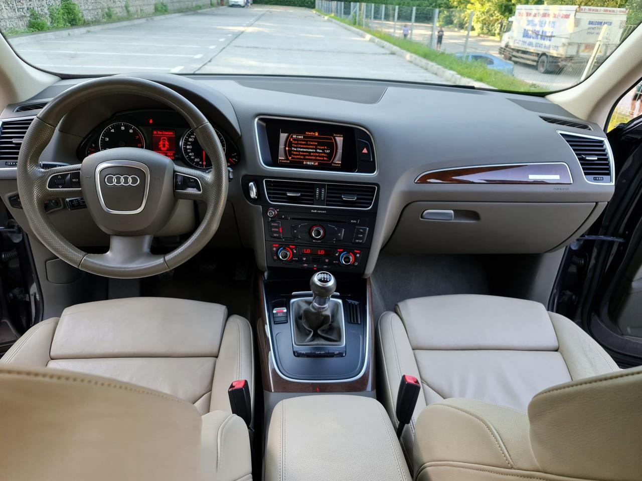 Audi Q5 Quattro Full options LED Bi-xenon piele climatronic pilot automat fab. 2010