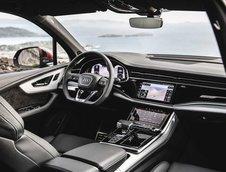 Audi Q7 facelift in Matador Red