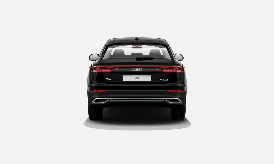 Audi Q8 - Versiune de baza