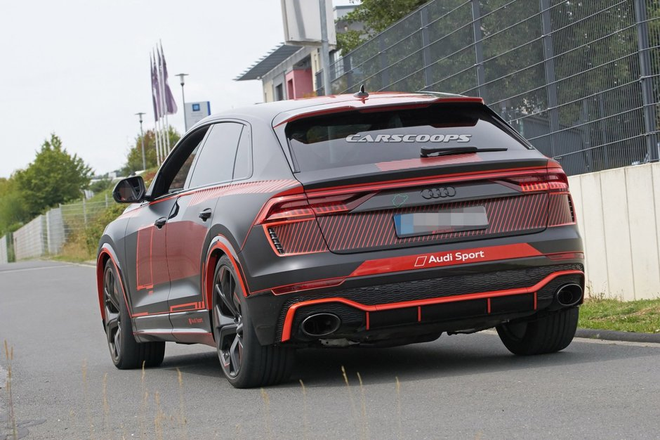 Audi RS Q8 poze spion