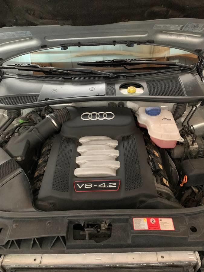 Audi S6 cu transmisie manuala - Audi S6 cu transmisie manuala
